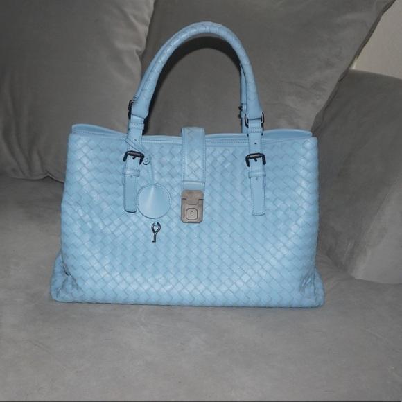85735bc8aa4 Bottega Veneta Bags   Light Calf Intrecciato Medium Roma   Poshmark